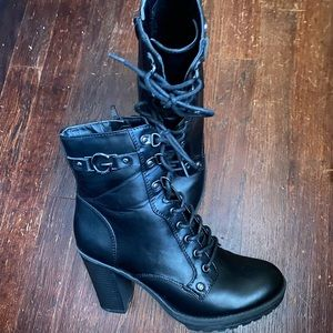 Guess lace up combat boots